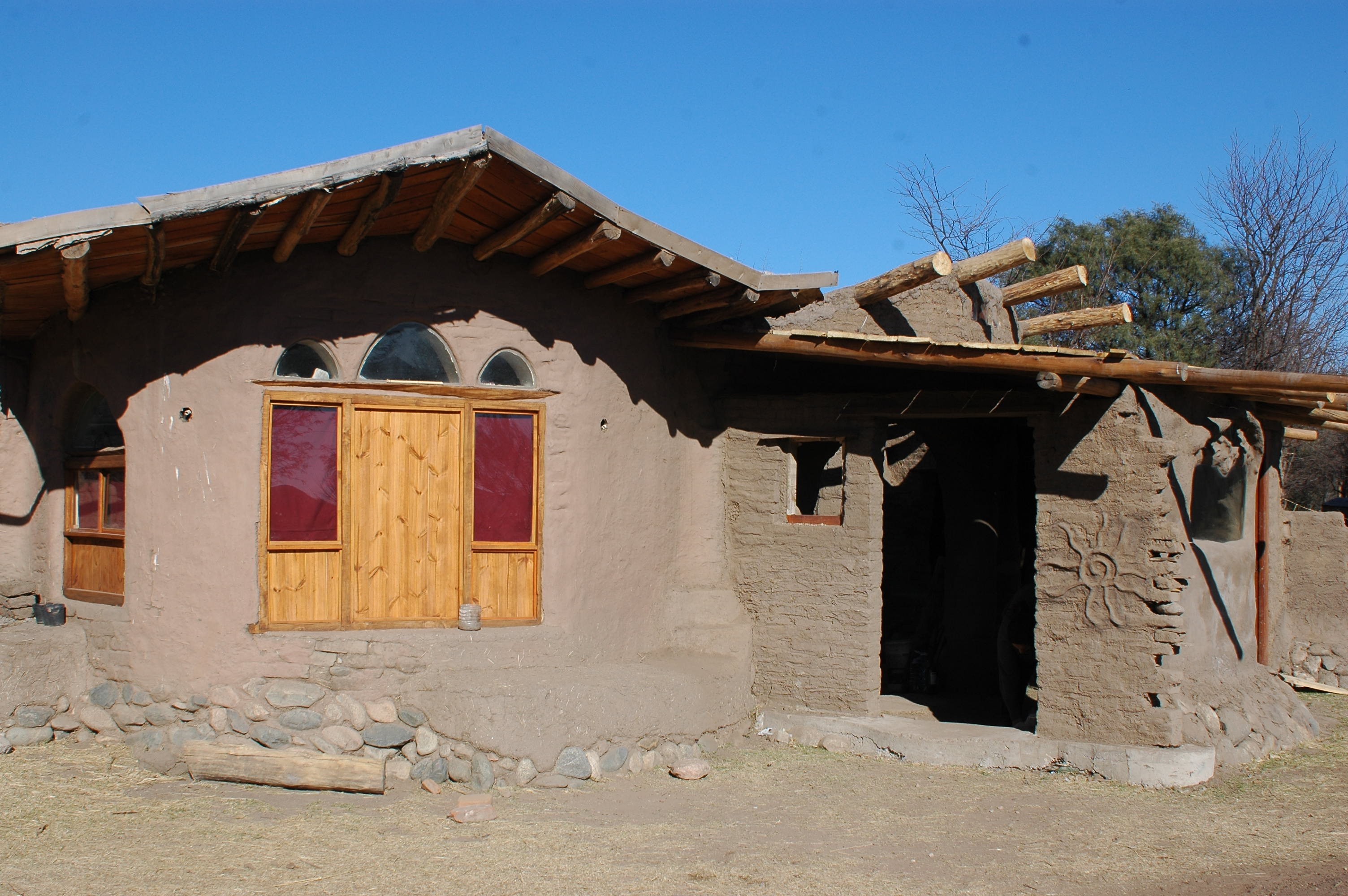 Casa tierra san francisco del monte de oro san luis for Casas de campo de madera