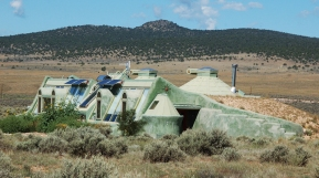 NM Earthship 2